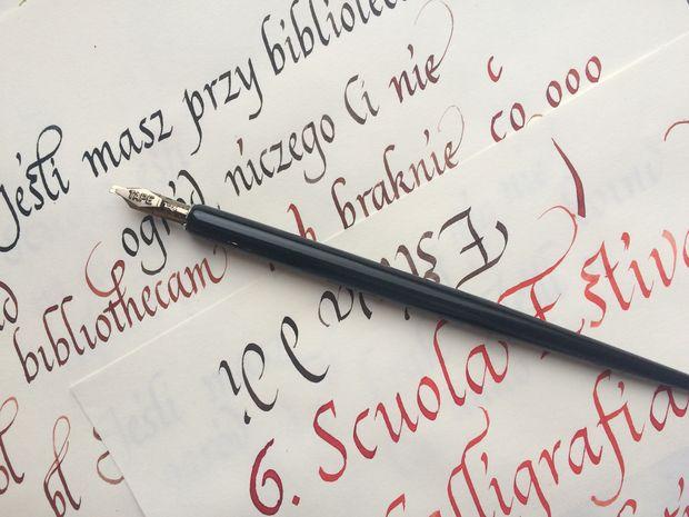 pismo Italika kurs kaligrafii Kraków