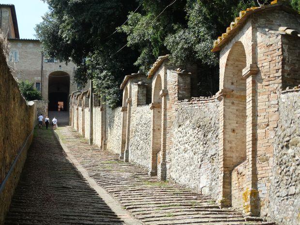 Perugia mur przyklasztorny