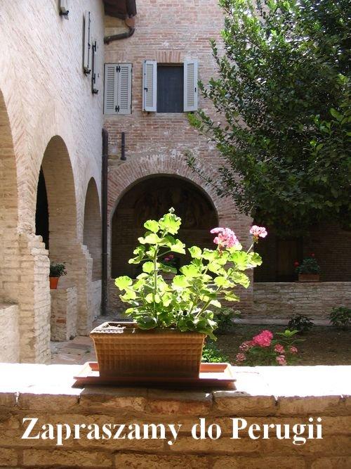 Perugia-kruzganki-napis