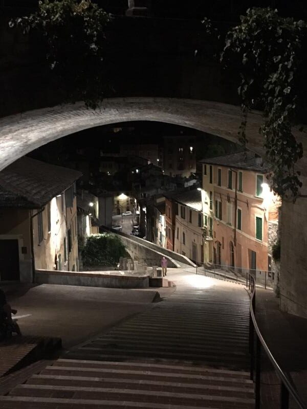 Perugia nocą